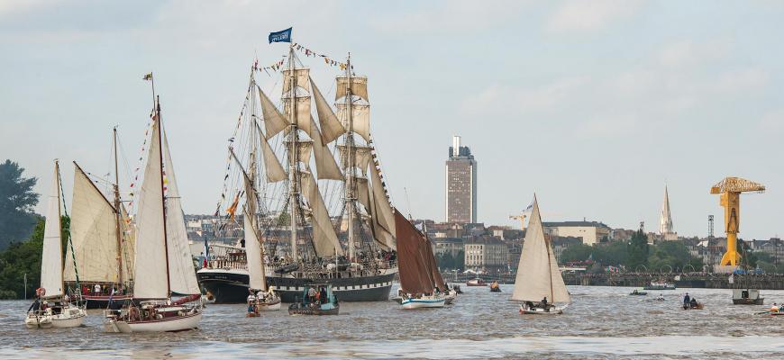 Débord de Loire : une parade nautique d'exception ! Festival