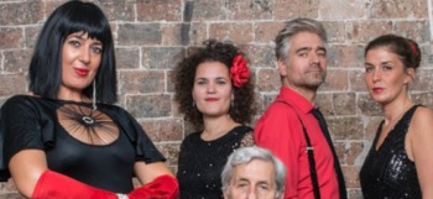 Maria Dolores y Amapola Quartet Chanson