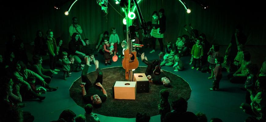 Je me réveille - Vincent & Mosai concert jeune public