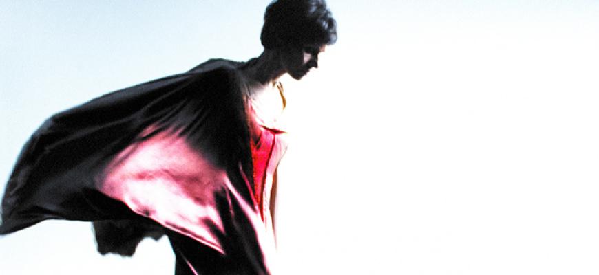 La femme qui danse, Théâtre du corps Pietragalla Derouault Danse