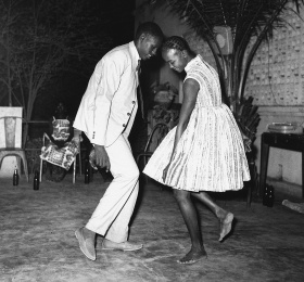 Image Let's twist again, de Malick Sidibé Photographie