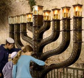 Hors les murs – Vivre Hanouka ensemble