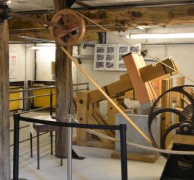 Visite du moulin à papier du Liveau