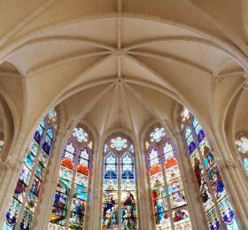 Image Laissez-vous conter les vitraux de l'Eglise d'Aigrefeuille sur Maine Tourisme
