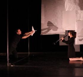 Image Sur une feuille - Compagnie Syllabe Danse