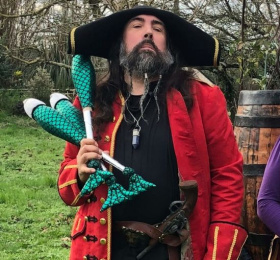 Spectacle de pirates avec la Cie Baldaboum