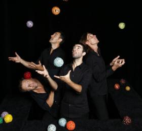 Image Ballade à quatre - Cie Chant de balles Cirque