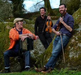 Image Desmós quartet + Chaï Musique traditionnelle