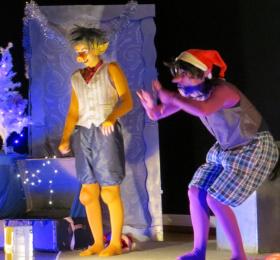 Image Monstrueux Noël Théâtre