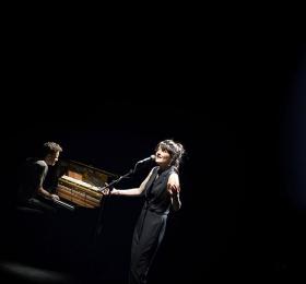 Chloé Lacan - J'aurais aimé savoir ce que ça fait d'être libre