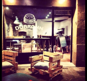 Dubrown Burger Café